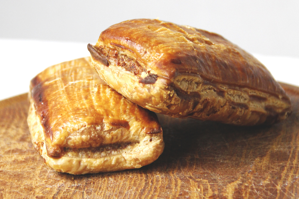 pittige-saucijzen-broodjes